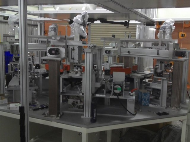 晶碩-隱形眼鏡全自動製程產線